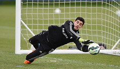 Zidane defends Courtois