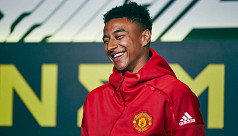 Lingard makes young fans' day