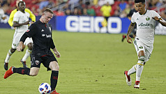 Rooney nets two as DC beat Timbers