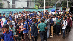 Chittagong students take to streets...