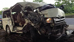 6 killed in Feni road accident