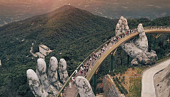 Vietnam's 'Golden Bridge' held by God's...