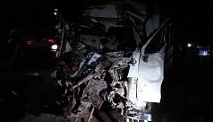 11 killed in Narsingdi as bus-human...