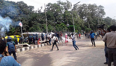 Police foil DU students' demo at...