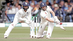 Woakes Lord's it over India