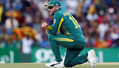 Du Plessis steps down as South Africa captain in all formats