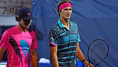Alexander wins battle of Zverev...
