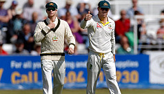 Smith, Warner make smashing return