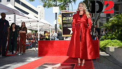 Carrie Underwood gets star on Hollywood...