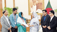 PM Hasina gives flats to former footballers,...