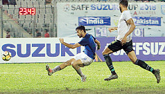 India trounce Pakistan to reach Saff...