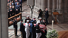 Two presidents honour McCain at funeral...