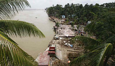 In pictures: Padma River erosion hits...