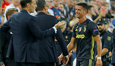 Ronaldo sent off but 10-man Juventus...