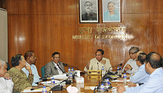 Law minister to meet editors again after...