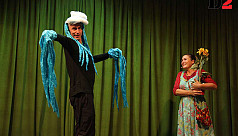 German troupe stages play on climate...