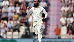 Moeen hits out at rude Australia
