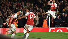 Aubameyang and Ozil inspire Arsenal...