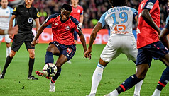 Bamba double leads Lille to victory...