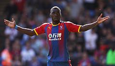 Palace striker Benteke undergoes knee...