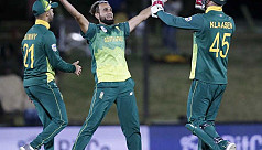Tahir bowls South Africa to