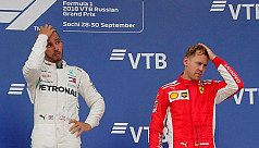 Vettel defends rivals Mercedes' team...