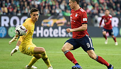 Ten-man Bayern end winless streak as...
