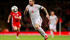 Alcacer double helps Spain ease to 4-1...
