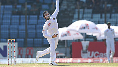 Shakib bags wicket as Powell creates...