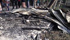 3 held for arson attack on Bagerhat...