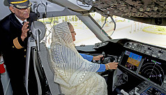 PM inspects second Boeing 787-8 Dreamliner