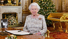 Queen warns of 'tribalism' in Christmas address