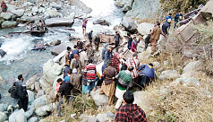 13 killed as bus falls down gorge in...
