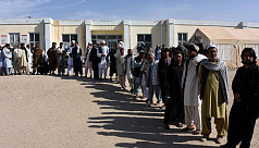 Afghan election organizers mull delaying...