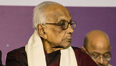 Poet Nirendranath Chakraborty dies at...