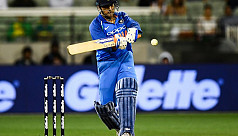 Dhoni finishes off job to clinch ODI...