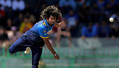 Malinga first T20I bowler to claim 100...