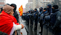 Macedonia parliament agrees to change...