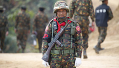 Myanmar police attacked as western fighting...