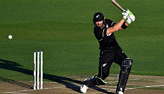 Guptill hits form as Black Caps outclass...
