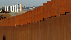 US closes lanes, adds checks at Mexico border to contain covid-19