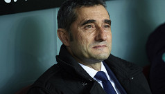 Valverde extends stay at Barcelona