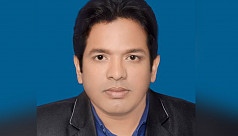 Chhatra League leader beats up journalist...