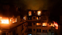 Blaze kills 10 in Paris apartment block,...