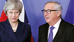 May, Juncker hold 'robust' Brexit meet,...