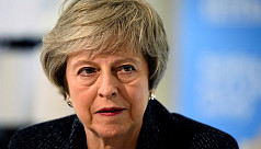 'Brexit in peril' as PM May faces heavy...