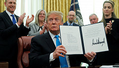 Trump signs directive in step to create US Space Force