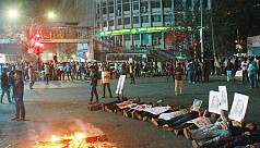 Freedom Fighters' families block Shahbagh again