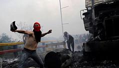 Maduro's troops block Venezuela aid...