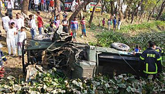 3 army men killed in Noakhali road accident